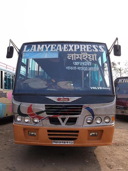 Bogra-Bus-R0128191.jpg