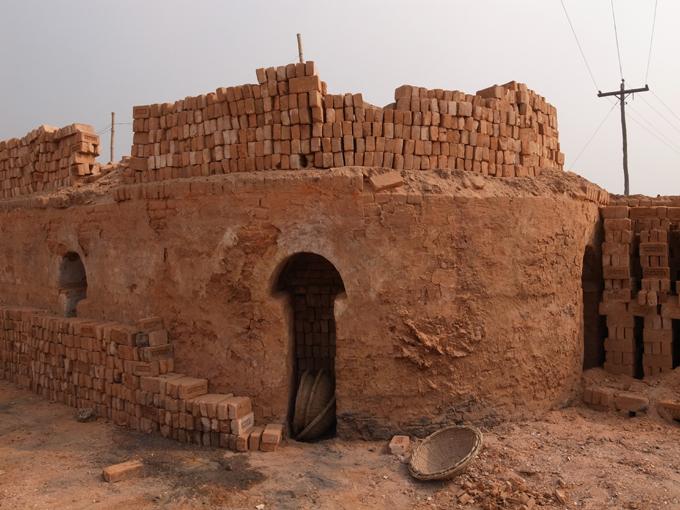 BrickFields-Dhaka-R0124485.jpg
