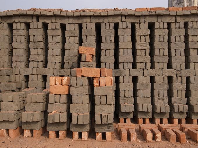 BrickFields-Dhaka-R0124492.jpg