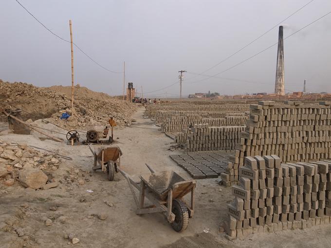 BrickFields-Dhaka-R0124576.jpg