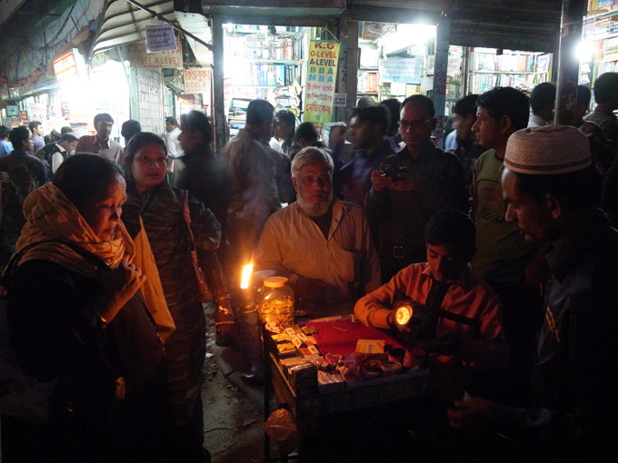 Dhaka-newmarket-R0124771.JPG