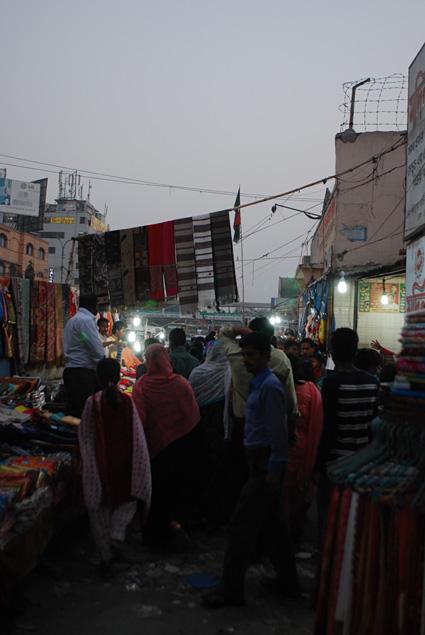 R2N-0475-Dhaka-NewMarket-4.jpg