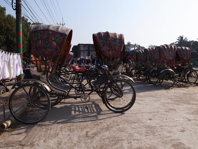 Ricksaw-Chittagong-R0126896.jpg