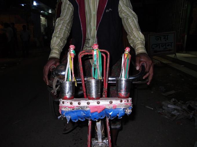 Ricksaw-Dhaka-R0123040.jpg