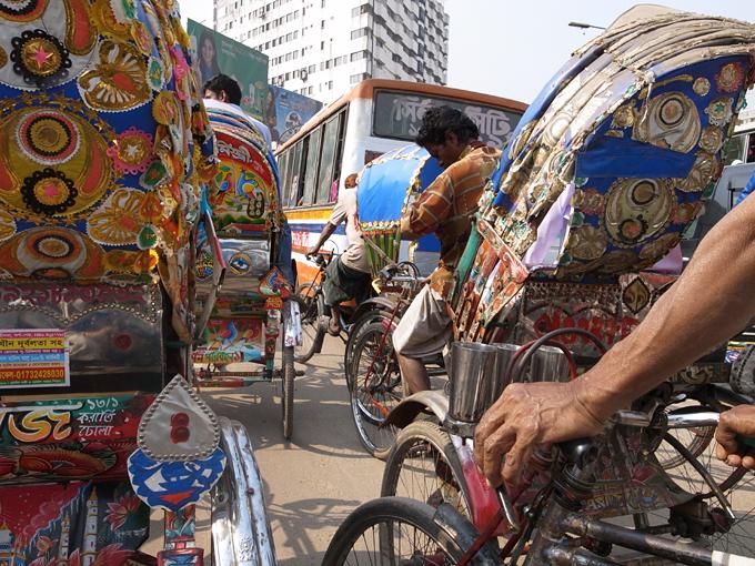 Ricksaw-Dhaka-R0127111.jpg