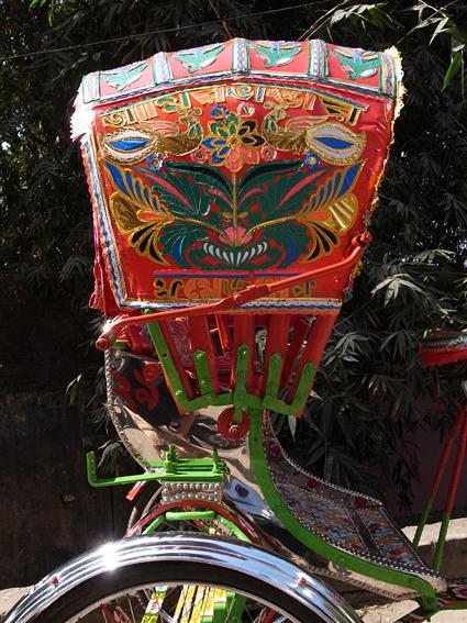 Rickshaw-Chittagong-R0126077.jpg