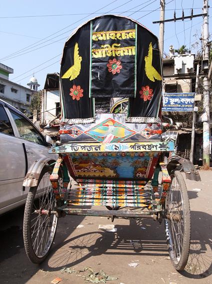 Rickshaw-Chittagong-R0126148.jpg