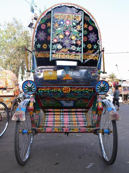 Rickshaw-Chittagong-R0126949.jpg