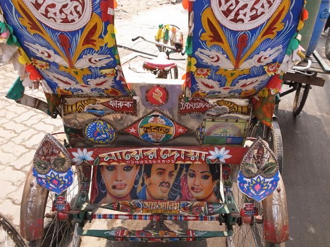 Rickshaw-Dhaka-R0123350.jpg