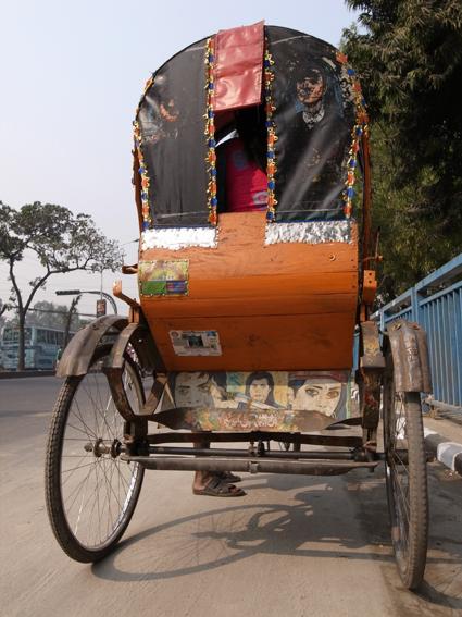 Rickshaw-Dhaka-R0123353re.jpg