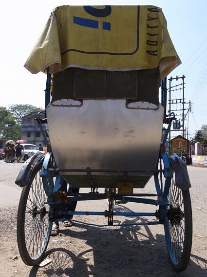 Rickshaw-Kolkata-0302-R0129603.jpg