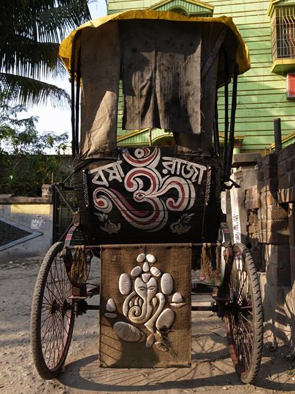 Rickshaw-Kolkata-R0130015.jpg