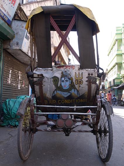 Rickshaw-Kolkata-R0130036.jpg