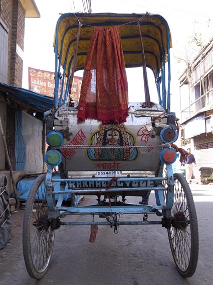 Rickshaw-Kolkata-R0130046.jpg